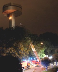 telecommunication-tower-on-fire