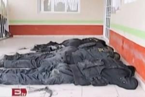 mexico-policemen-lynched-mob-san-andres-tlalamac