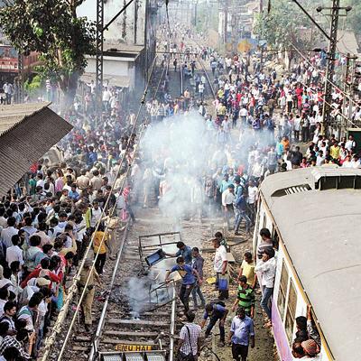india-rail-protest