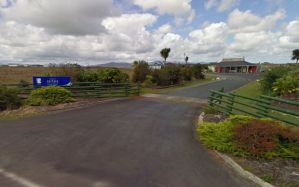 eight_col_kaitaia_airport
